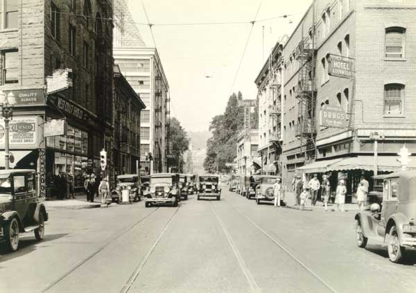 1930 W. Burnside before widening