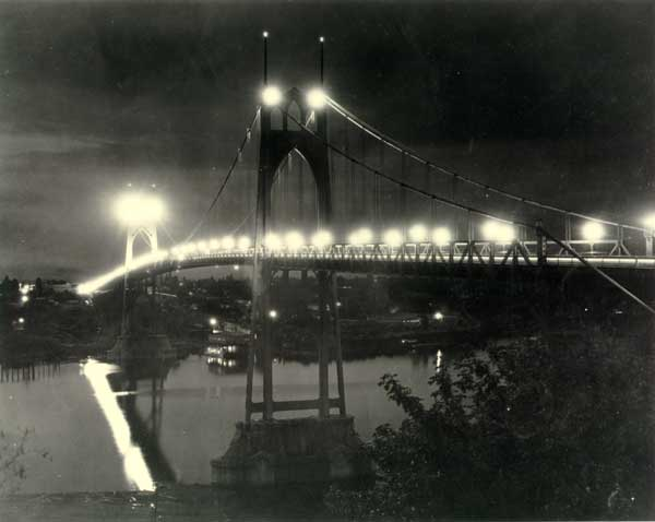1935 St. Johns Bridge lighted at night