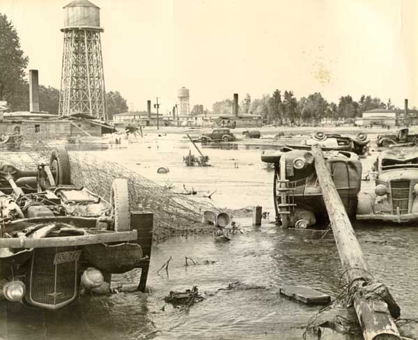 1948 Vanport flood aftermath upturned cars