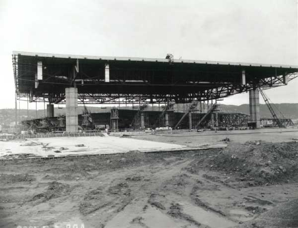 1960 Memorial Coliseum construction