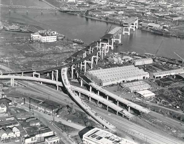 1964 Marquam Bridge under construction
