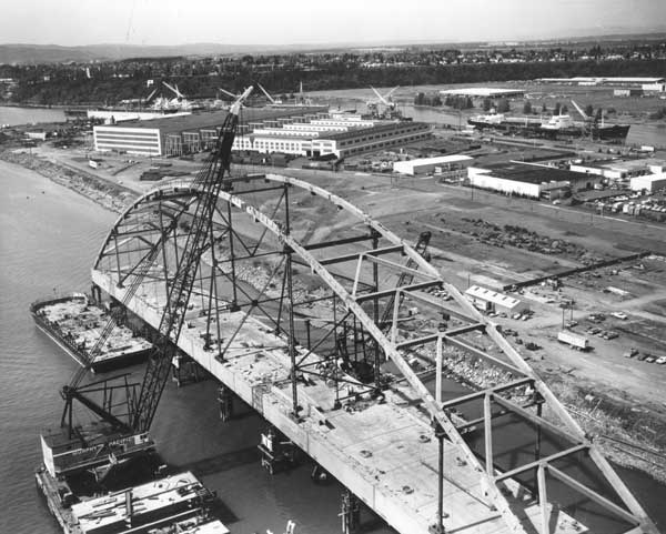 1973 Fremont Bridge early construction